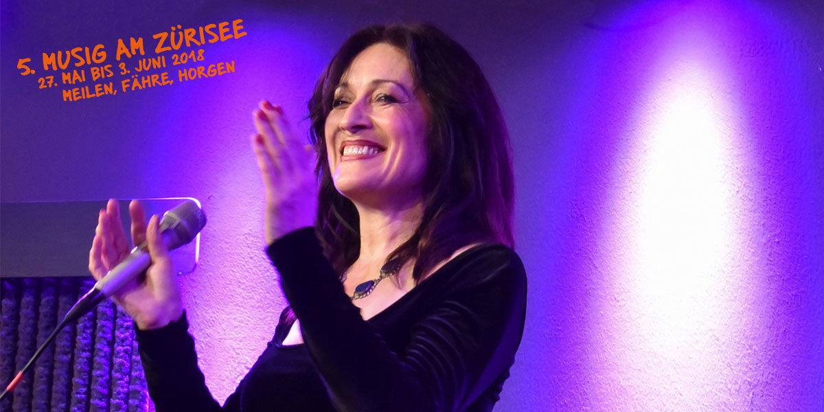 Foto von Christina Jaccard bei einem Auftritt